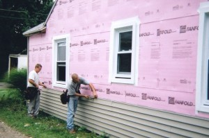 Thick vinyl siding resists sagging.