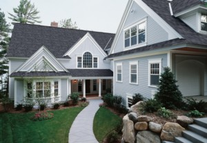 With virtually no maintenance, vinyl siding is affordable, beautiful, and on 73% of homes in the US.